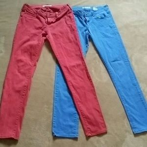 Two pairs woman's jeggings $8 bundled
